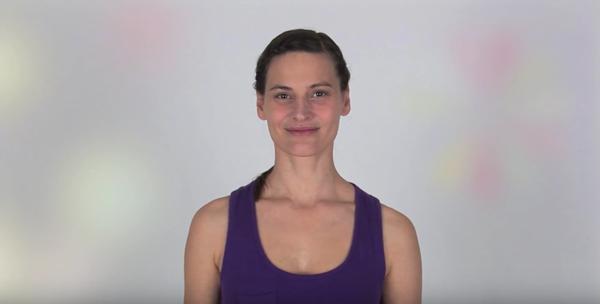 Face Yoga mit Patricia - Übung zur Entspannung der Gesichtsmuskeln